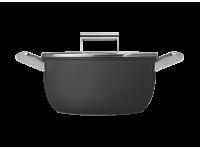 Кастрюля с двумя ручками и крышкой 24 см, Чёрная Smeg CKFC2411BLM