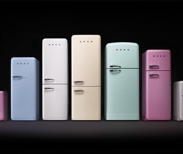 Культовый холодильник FAB в новом размере